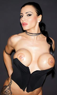 Итальянская порно звезда аманда фокс